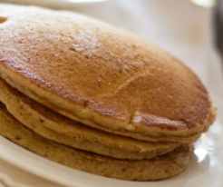 Low-Calorie Cinnamon Whole Wheat Pancake Recipe