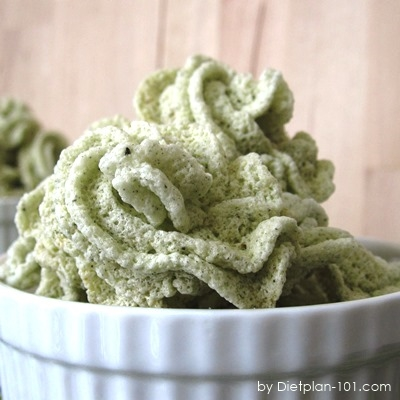 Low Carb Japanese Green Tea Meringue Cookies (Atkins Diet Phase 1 Recipe)